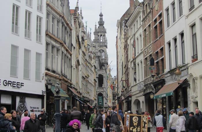 Rue a Beurre, en los alrededores de la Grand Place Bruselas en dos días