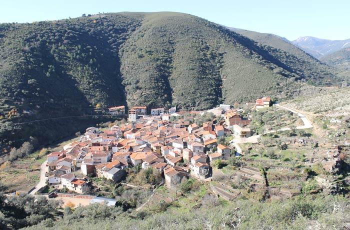 Vista de Valero, una de las mejores de todo el Camino de los Trasiegos