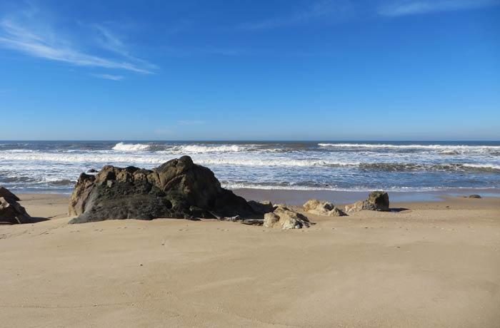 Otra zona de la playa de Aguda