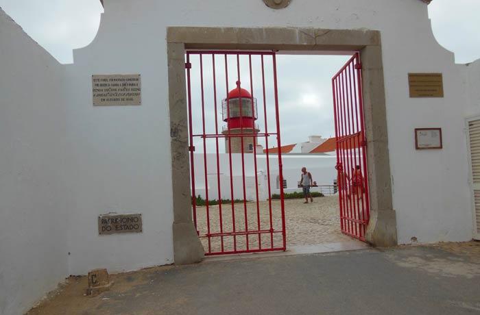 Entrada a la fortaleza y al faro Cabo San Vicente Portugal
