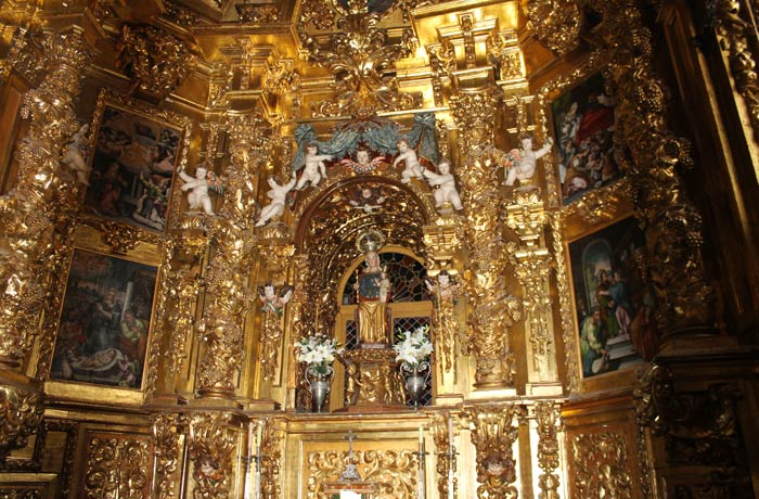 Retablo del Santuario de Nuestra Señora de la Peña Senda de los dos Ríos