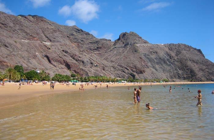 Vista de la playa de Las Teresitas de Tenerife