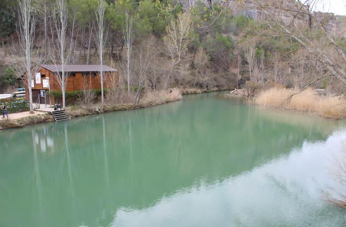 Color verde característico del río Júcar
