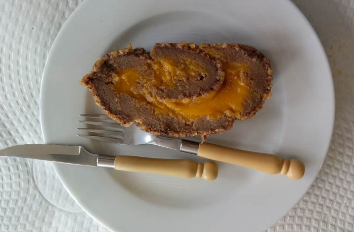 Tarta de almendras del restaurante O Mirandes comer en Miranda do Douro