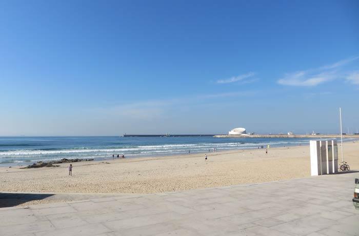 Paseo marítimo y playa de Matosinhos Oporto