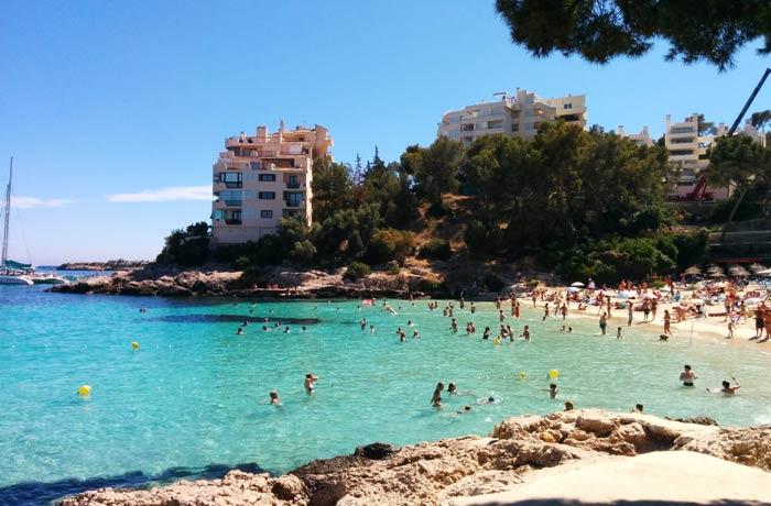 Vista de la playa de Illetes Mallorca