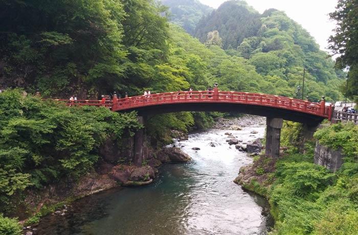 Puente Shinkyo en Nikko Japón por libre