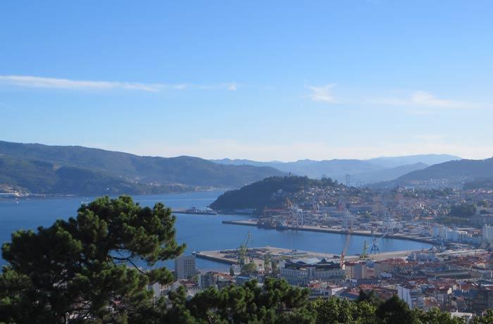 Puerto de Vigo desde el Monte del Castro
