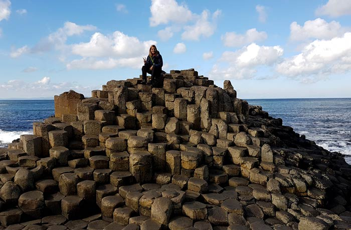 Estefanía en la Calzada del Gigante una semana en Irlanda