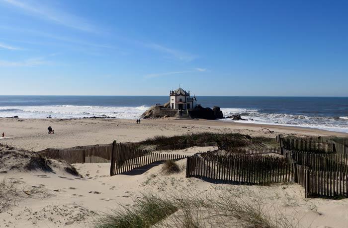 Paisaje dunar en el entorno de la Capela do Senhor da Pedra