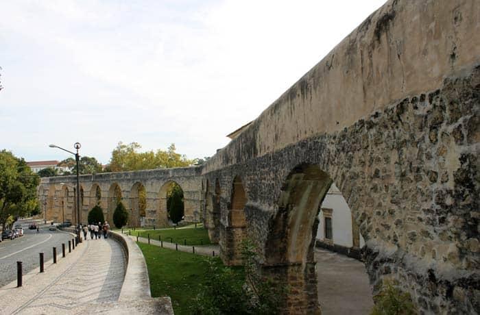 Acueducto de San Sebastián o Arcos do Jardim qué ver en Coímbra