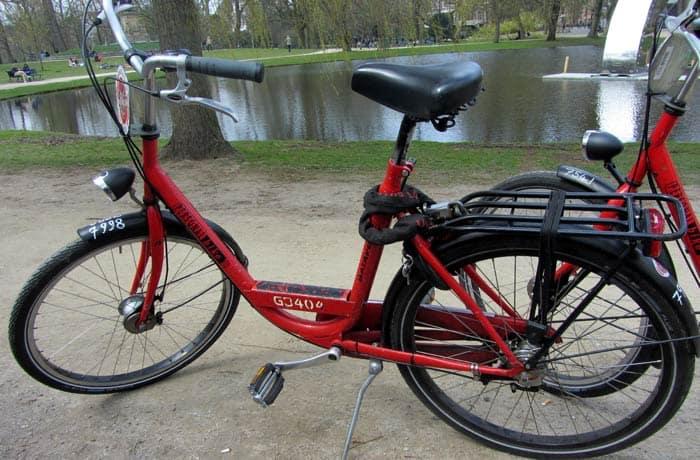 Bici holandesa que alquilamos para recorrer Ámsterdam