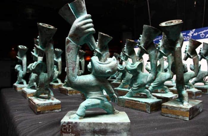 Estatutillas que se repartirán a los ganadores de los premios 20Blogs