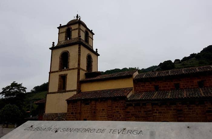 Colegiata de San Pedro de Teverga