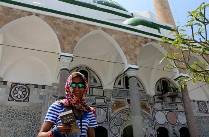 En la Mezquita del Bosque de Acre las mujeres deben cubrirse la cabeza y las piernas Israel por libre