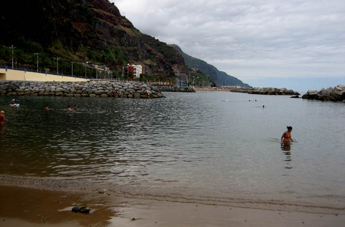 Praia da Calheta playas de Madeira