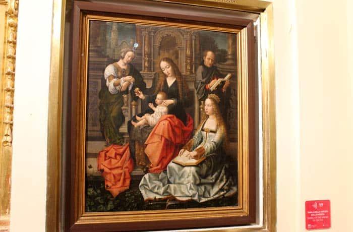 Tabla de la Virgen de la Mosca en la sacristía de la Colegiata qué ver en Toro