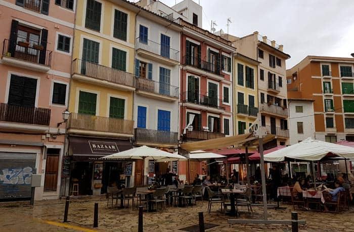 Plaza d'En Coll de Palma qué hacer en Mallorca en invierno