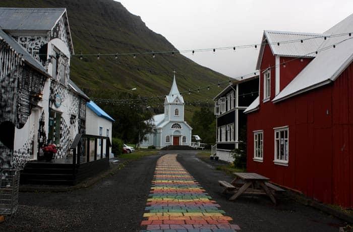 Localidad de Seyðisfjörður Islandia por libre