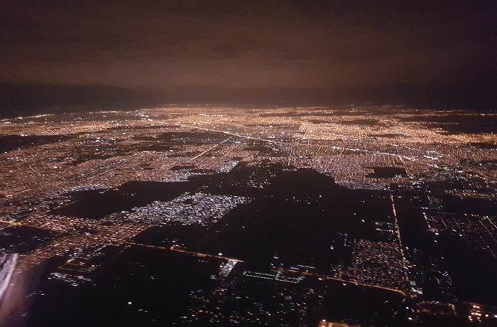 Buenos Aires de noche desde el aire Argentina por libre