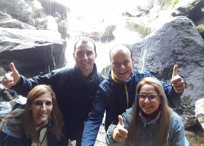Con nuestros amigos Javier y Lucía en el Pozo Airón