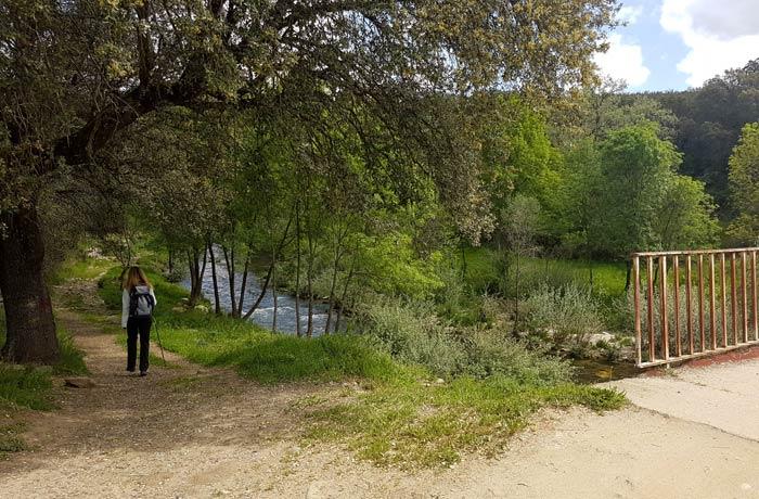 Puente sobre el río Francia que dejamos a la derecha ruta de los Tres Ríos
