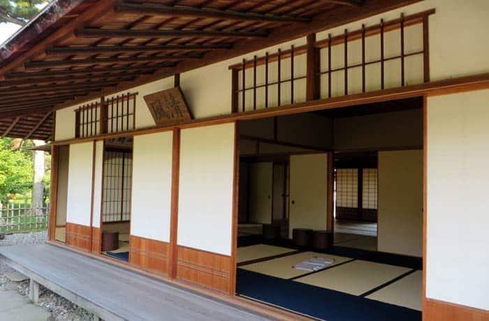 Una casa del té en el jardín Shukkeien que ver en Hiroshima