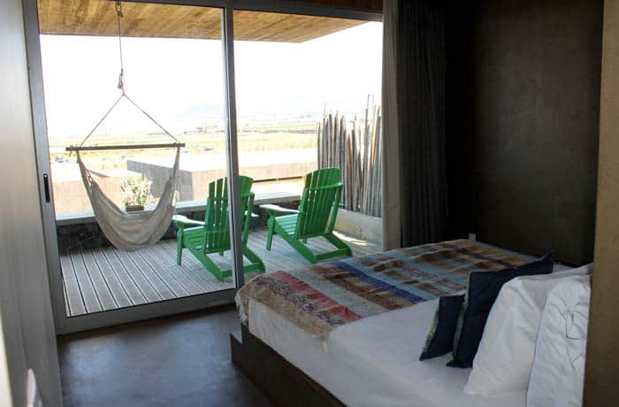 Dormitorio del Santa Bárbara Eco Beach Resort en Sao Miguel viajar a las Azores por libre