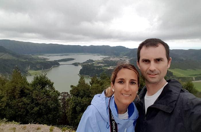 Ante el lago de Sete Cidades en Sao Miguel viajar a las Azores por libre