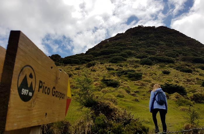 Subiendo el pico Gaspar en Terceira viajar a las Azores por libre