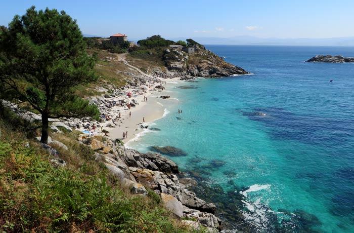 Vista de la playa de Nosa Señora que hacer en las Islas Cíes