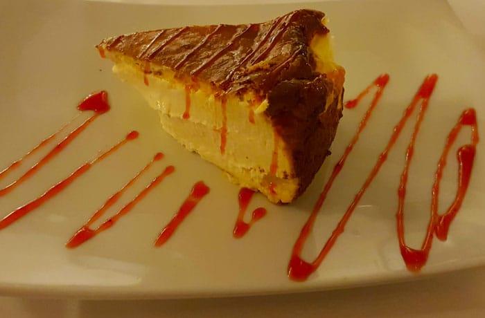 Tarta de queso del restaurante Huerto Nun comer en Aracena