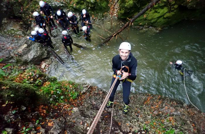 Un momento de la actividad de barranquismo en Bled