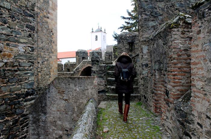 Interior del castillo qué ver en Braganza