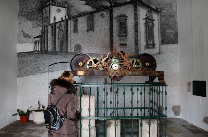 Reloj de la antigua catedral de Braganza
