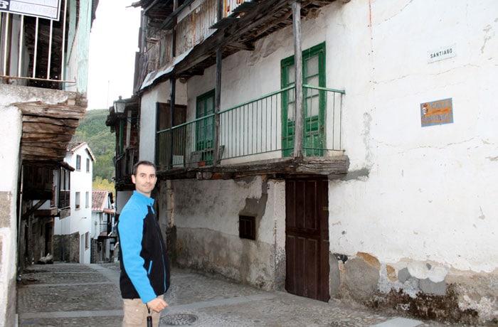 Una de las calles típicas de Montemayor del Río