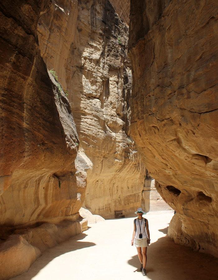 Estefanía en el Siq que ver en Petra