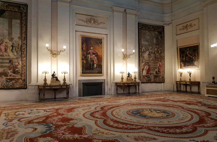 Algunos de los relojes de la colección de Carlos IV en el Palacio Real