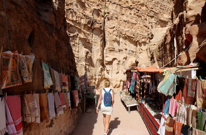 Puestos de los beduinos de camino al Monasterio que ver en Petra