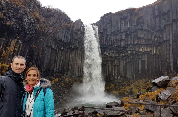Cascada Svartifoss Islandia en una semana