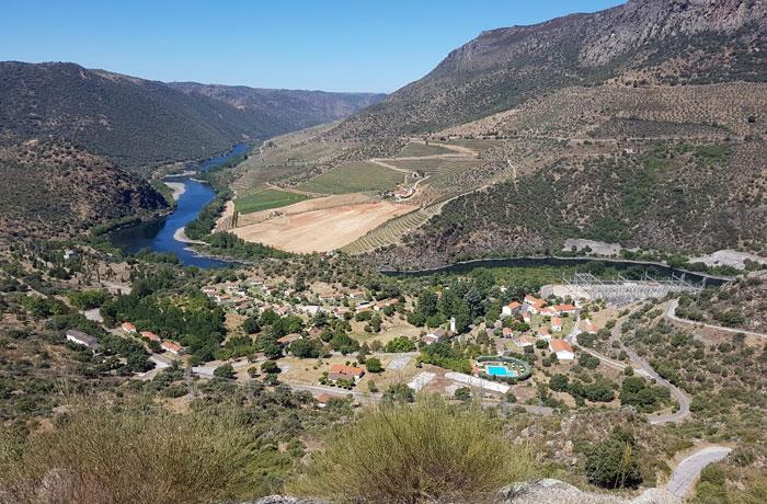 Panorámica de las Arribes del Duero desde el mirador del salto