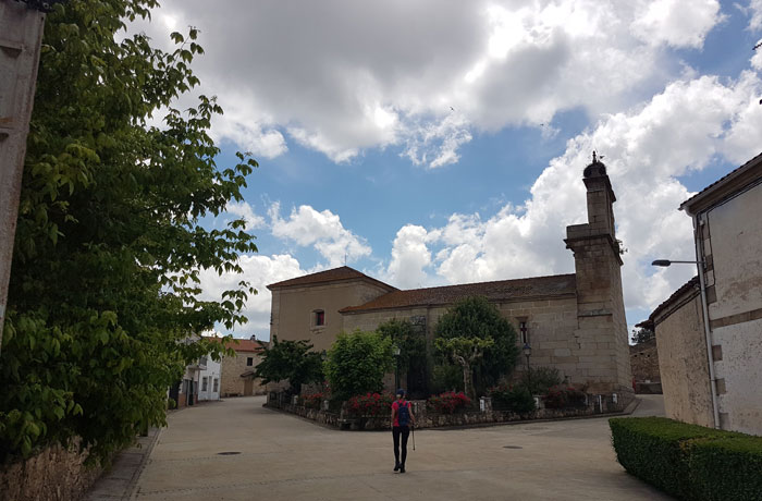 Iglesia de Saldeana