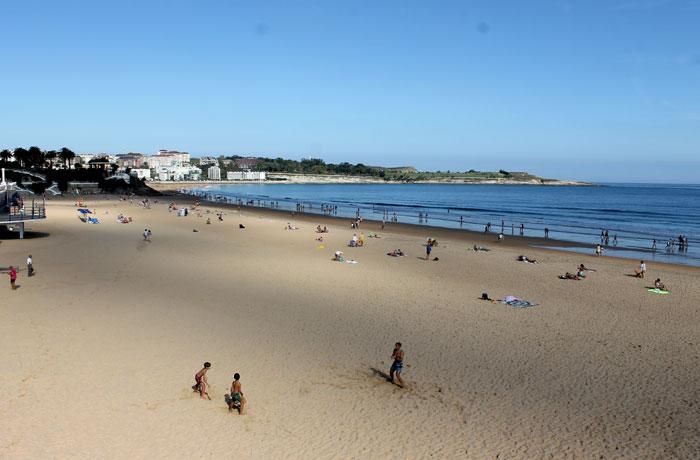 Vista de la playa del Sardinero qué visitar en Santander