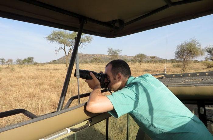 Una de nuestras cámaras durante el safari en Tanzania
