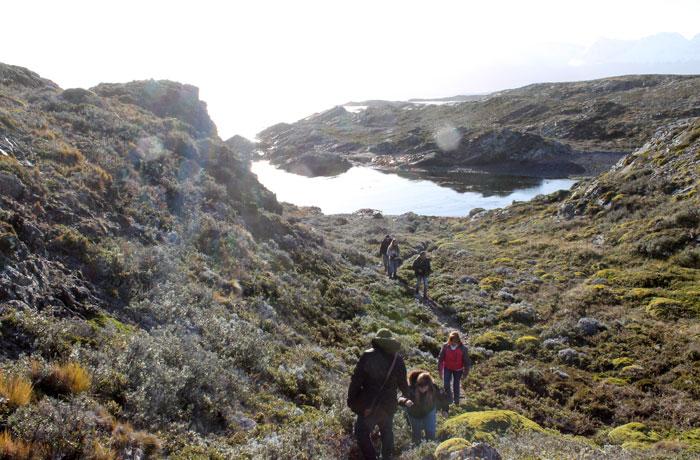 Caminata por la isla H