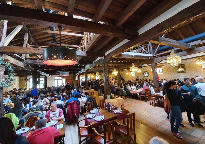 Salón donde se celebran la comida de las Jornadas de la Matanza