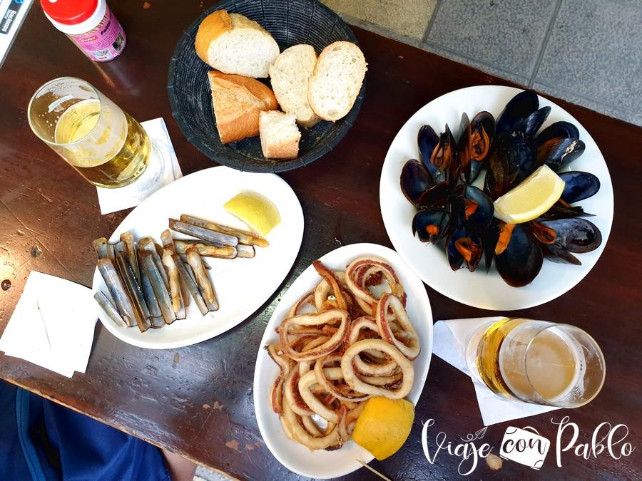 Raciones del bar El Mozucu comer en San Vicente de la Barquera